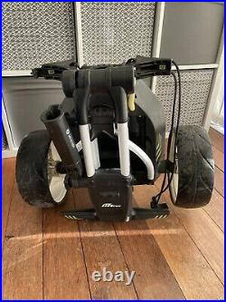 Motocaddy M1 Electric Golf Trolley With 27 Hole Lithium Battery