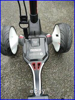 Motocaddy M1 Lithium Electric Golf Trolley Hardly Used, only 1 year old
