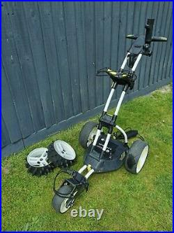 Motocaddy M1 Pro electric golf trolley with 36 hole lithium battery