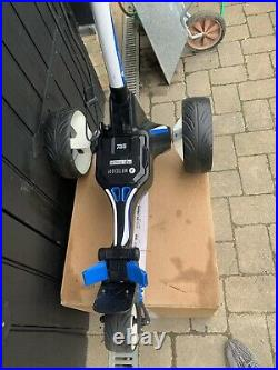 Motocaddy M5 Connect Electric Golf Trolley With 28V Lithium Battery