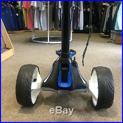Motocaddy M5 Trolley Connect Lithium Battery + Accessories