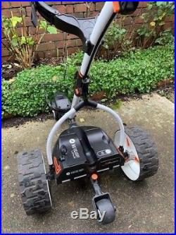 Motocaddy S7 Remote Electric Golf Trolley good condition. New lithium battery