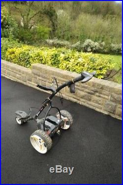 Motocaddy S7 Remote Electric Trolley with Lithium Battery and Bag