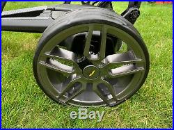 Powakaddy FW7s Lithium Golf Trolley & Accessories