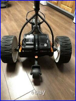 Remote control golf trolley Motocaddy S7 20Ah Lithium Battery-AMAZING BULLET PRO